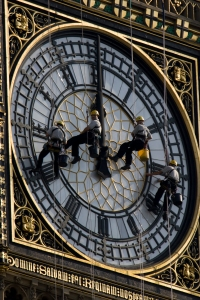 Cleaning the face of Big Ben, 2007. Image from Wikimedia Commons.
